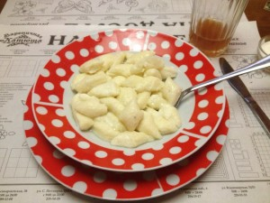 """«ленивные» вареники, or """"lazy"""" vareniki, so-called because they are easier to make than most Ukrainian vareniki--but just as delicious!"""