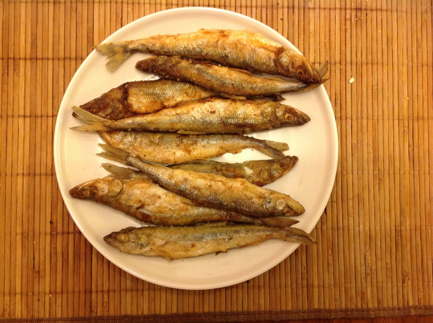 A plate of koryushka fish